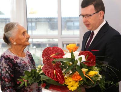 Wyjątkowe urodziny w przeddzień obchodów stulecia odzyskania Niepodległości. Stanisława Gryz obchodziła setne urodziny
