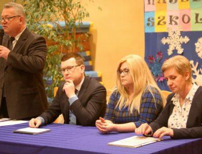 Już wkrótce komfortowe warunki pracy i Nauki w PSP nr 1. Spotkanie prezydenta miasta z rodzicami