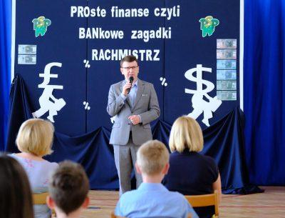 """""""Rachmistrz"""" oraz """"PROste finanse, czyli BANKowe zagadki"""". Podsumowano kolejne edycje konkursów"""